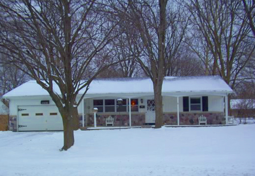 Real Estate Show - Presenting 313 Locke Ave SW Grandville MI 49418