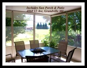 4860 12th Ave, Grandville MI  49418