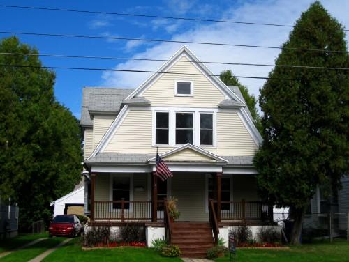 615 Leonard St. NE, Grand Rapids MI 49503